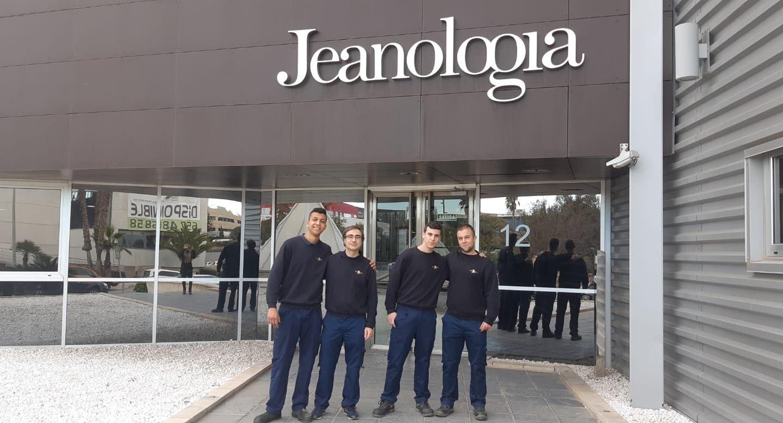 Los alumnos del ciclo de Mecatrónica Industrial visitan la empresa Jeanología